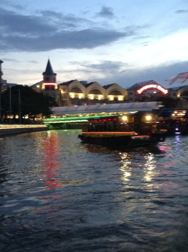 Clarke Quay daytime river cruise!
